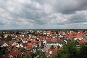 Blick auf den Neuen Weg in Bensheim-Auerbach von der Auerbacher Bergkirche